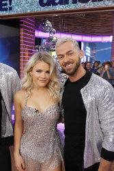 Witney Carson - Good Morning America: September 6th 2017