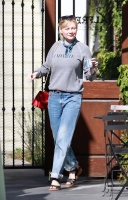 Kirsten Dunst - out and about in LA 9/27/17