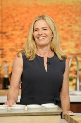 Elisabeth Shue - The Chew: September 22nd 2017