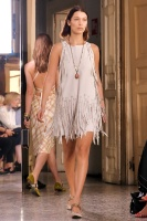 "Bella Hadid ""Bottega Veneta show, Runway, Spring Summer 2018, Milan Fashion Week"" 23.09.2017 (x12) PHNUMZwb_t"