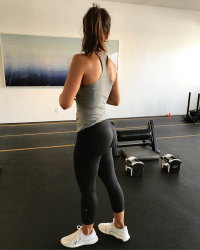 Minka Kelly Working Out at Rise Movement in West Hollywood - 10/9/17