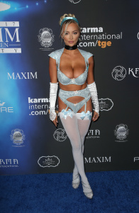 Lindsey Pelas - Wears Lingerie To The Maxim Halloween Party in LA (10/21/17)