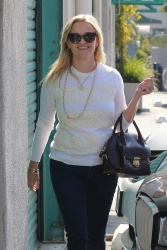 Reese Witherspoon - Out in Santa Monica 10/12/17