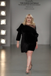 Hayley Hasselhoff at the SimplyBe Curve Catwalk in London - 9/14/17